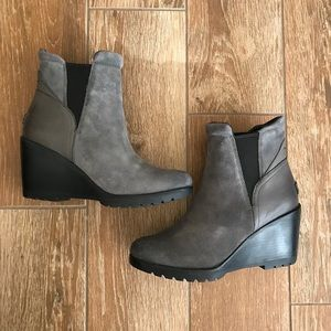 SOREL After Hours Chelsea gray ankle wedge boots